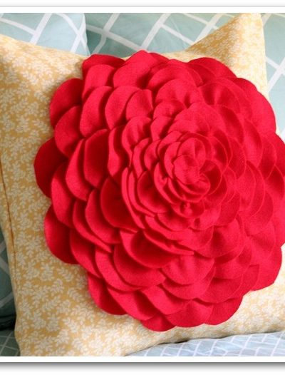 DIY Petal Pillow via Vanessa Christenson