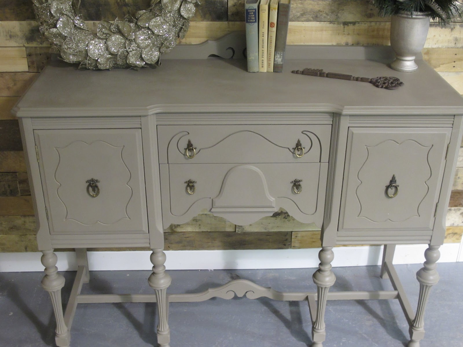 Annie Sloan Chalk Paint Sideboard Project
