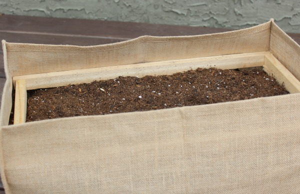 Bracing for Burlap Garden Bag