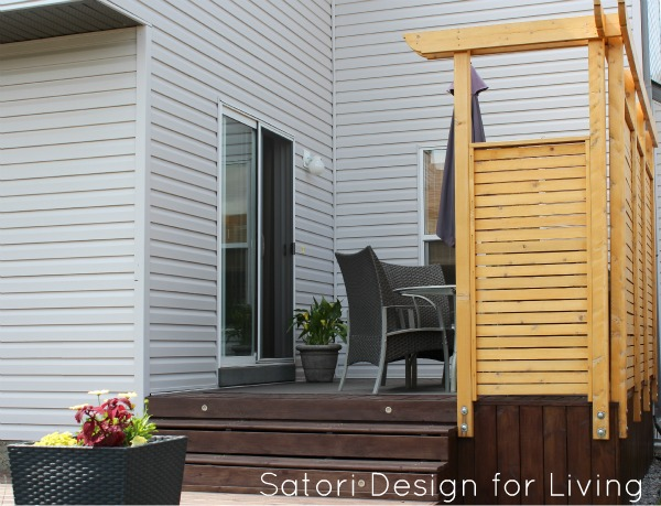 Two-tiered Deck with Cedar Privacy Partition