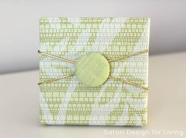 Easy Button Gift Embellishment