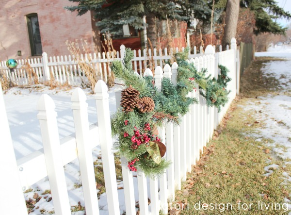 Christmas House Tour- Decorated Exterior Fence