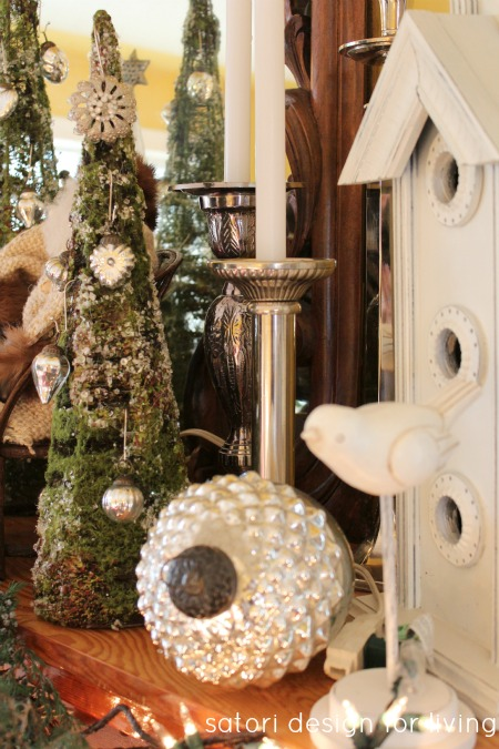 Christmas House Tour- Decorated Mantel