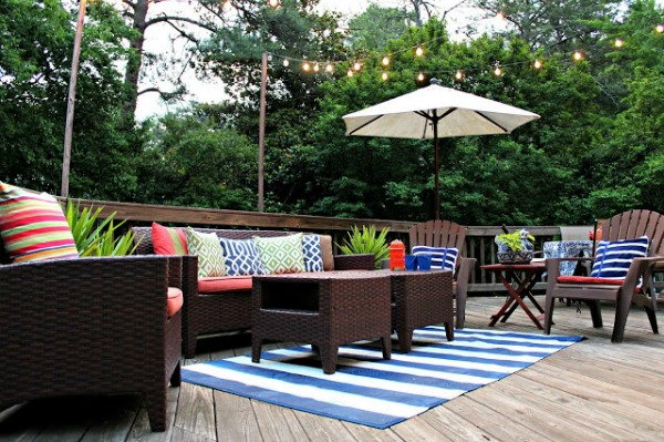 Lakehouse Inspired Back Deck Decorating - Southern State of Mind