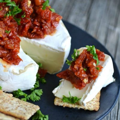 Holiday Recipes - Brie with Sundried Tomatoes - A Pretty Life in the Suburbs