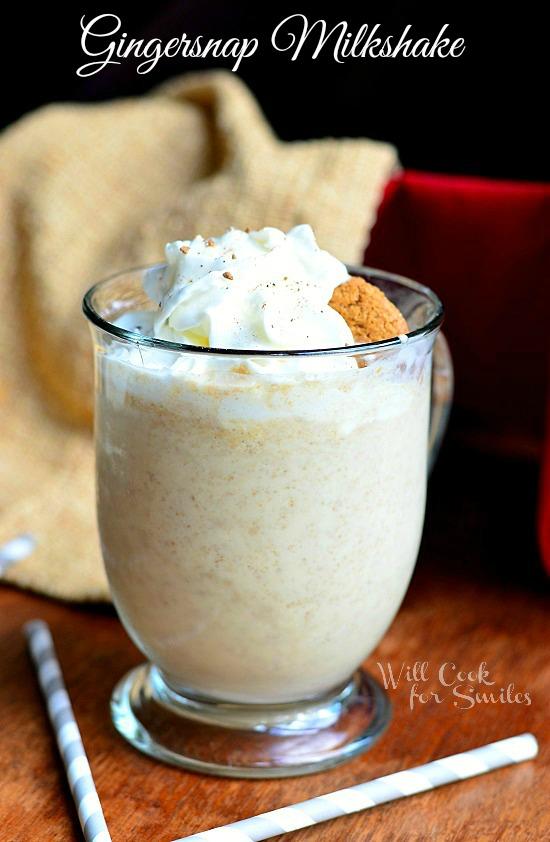 All Things Christmas - Gingersnap Milkshake - willcookforsmiles.com