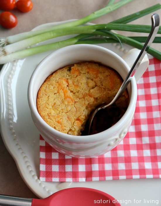 Beer Infused Game Day Chili with Jalapeno Cheddar Cornbread Crust   Satori Design for Living