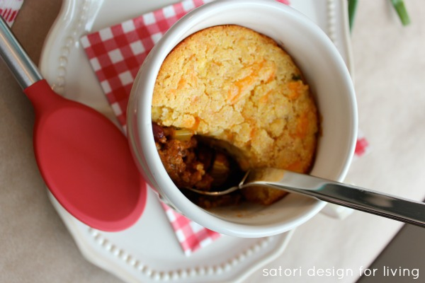 Superbowl Recipe - Chili with Jalapeno Cheddar Cornbread Crust | Satori Design for Living