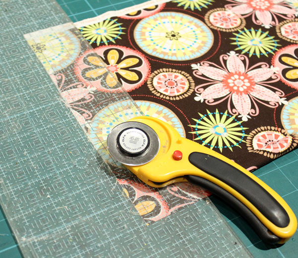 Sewing Must-Haves Tools - Rotary Cutter