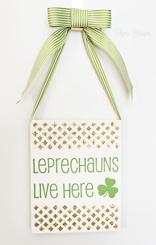 St. Patricks Day Door Decoration - Fynes Designs