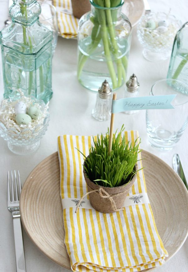 Easter Table Decorations - Nature-inspired Peat Pot Table Favors