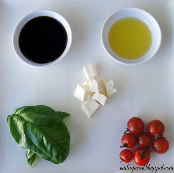 Simple Caprese Salad by Vintage Zest