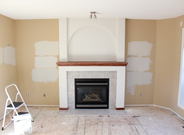 Testing Benjamin Moore Paint Colours in Living Room - Baby Fawn, Balboa Mist & Collingwood - Satori Design for Living