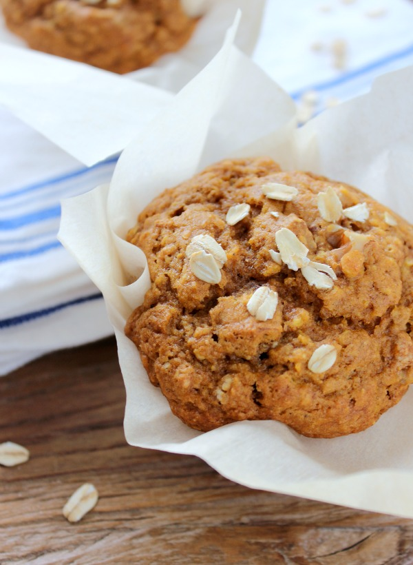 Tasty Recipes to Get More Vegetables in Your Diet - Pumpkin Oat Muffins