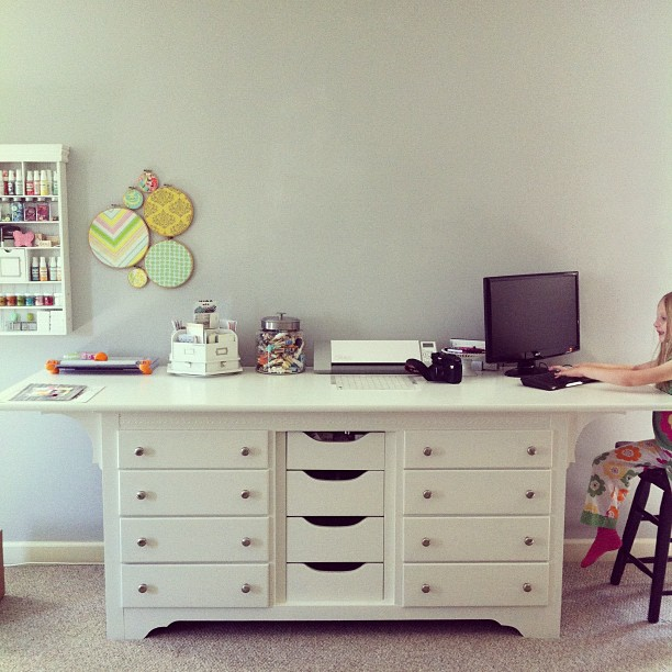 Ideas for Repurposing an Old Dresser - Project Table