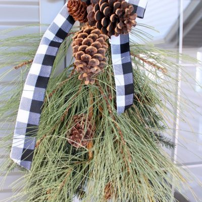 Front Porch Decorating: Winter Swag