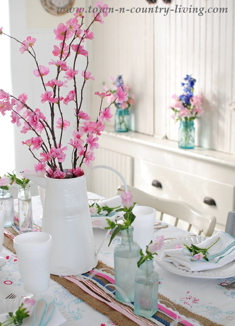 Spring Decorating Ideas Farmhouse Dining Nook By Town And Country Living