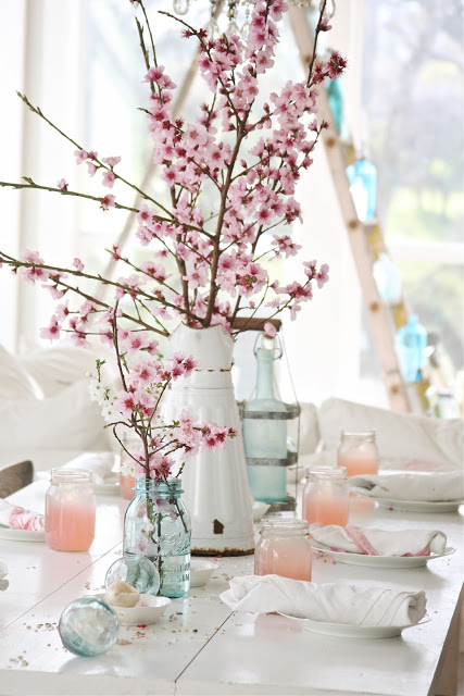 Spring Tablescape | Dreamy Whites