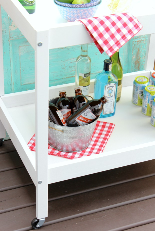 DIY Bar Cart for Outdoor Entertaining - Get the full makeover details at SatoriDesignforLiving.com