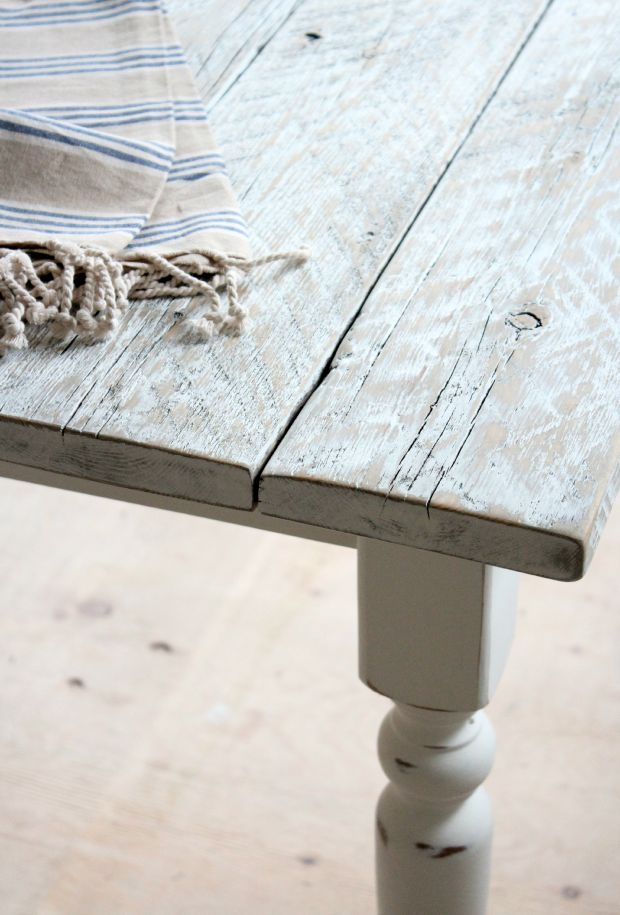 DIY Salvaged Wood Farmhouse Table - White Distressed Wood Paint and Stain Technique - SatoriDesignforLiving.com