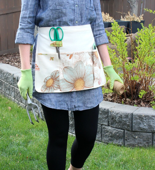DIY Gift Ideas for the Gardener - How to Sew a Gardening Apron - DIY Garden Apron - Satori Design for Living