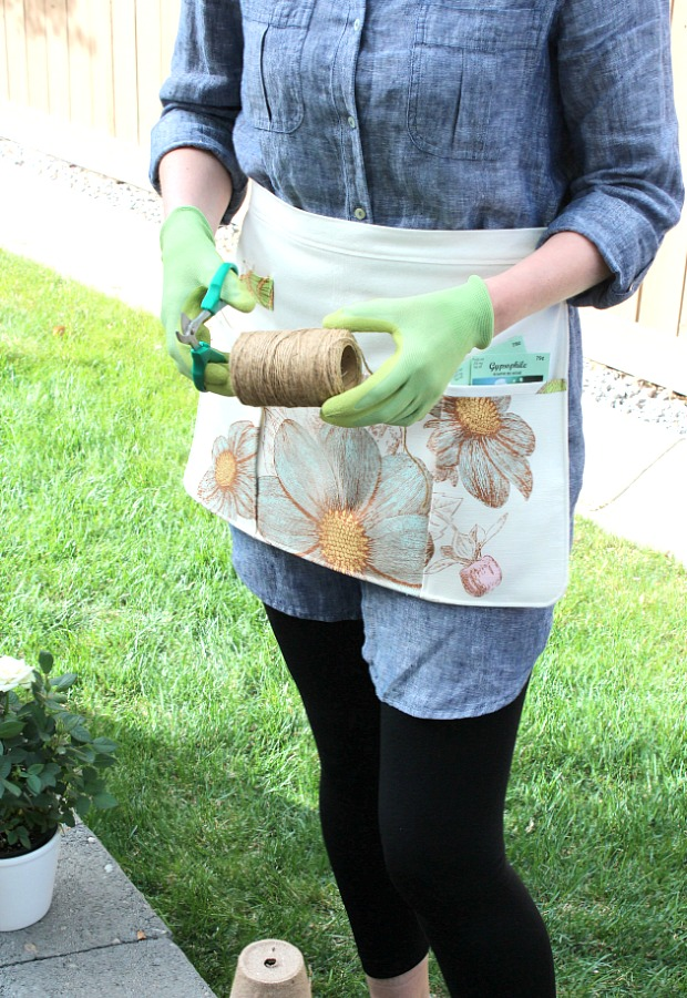 Learn How to Sew a Gardening Apron - Free Instructions at SatoriDesignforLiving.com