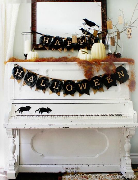 Chic Halloween Decorating Ideas - Easy Halloween Decorations - Free Printable Halloween Banner by Carina Gardner
