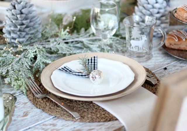 Winter Wonderland Table Setting - How to put together a neutral Christmas tablescape.