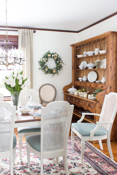 Benjamin Moore Mascarpone Dining Room - Finding Silver Pennies - Top Paint Color Picks