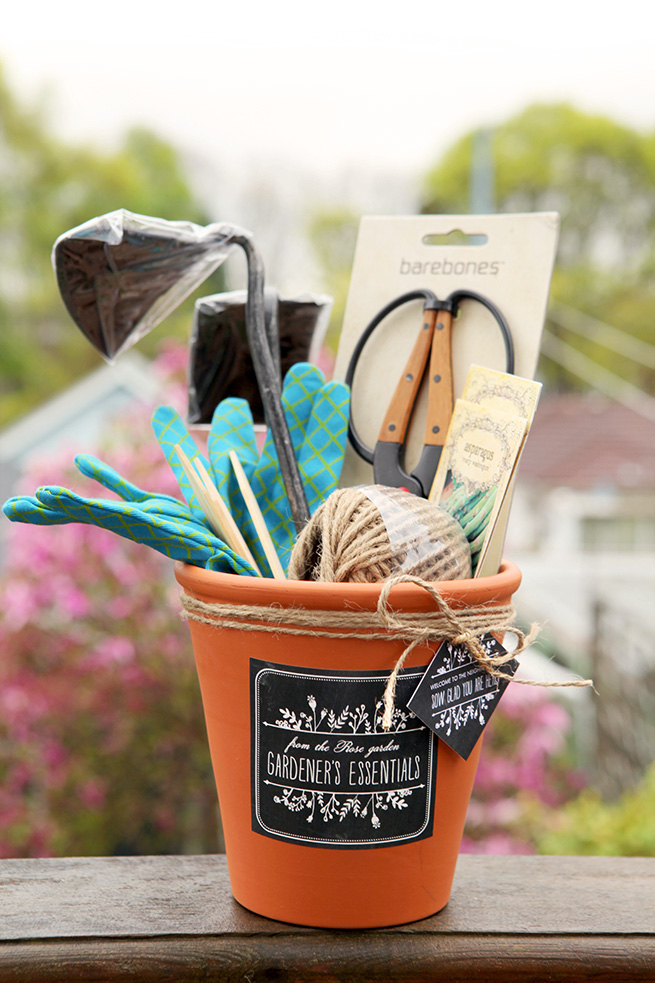 DIY Gift Ideas For The Gardener   Terracotta Pot Gardening Gift Set   By  Stephanie Rose