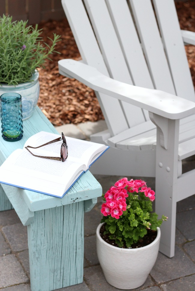 DIY Distressed Aqua Blue Outdoor Side Table or Bench with Grey Adirondack Chairs - An easy DIY project you can make in a weekend!