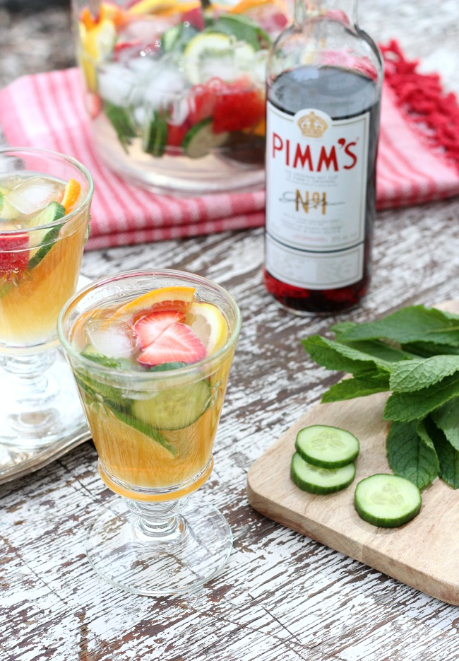 Pimm's Cup Summer Drink Recipe - Make this Pimm's cocktail jug for your next outdoor party!