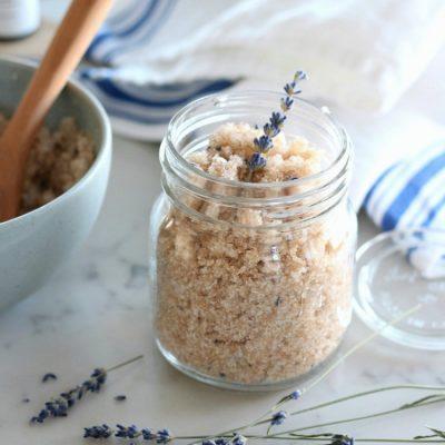 Lavender Sugar Scrub – Easy Handmade Gift
