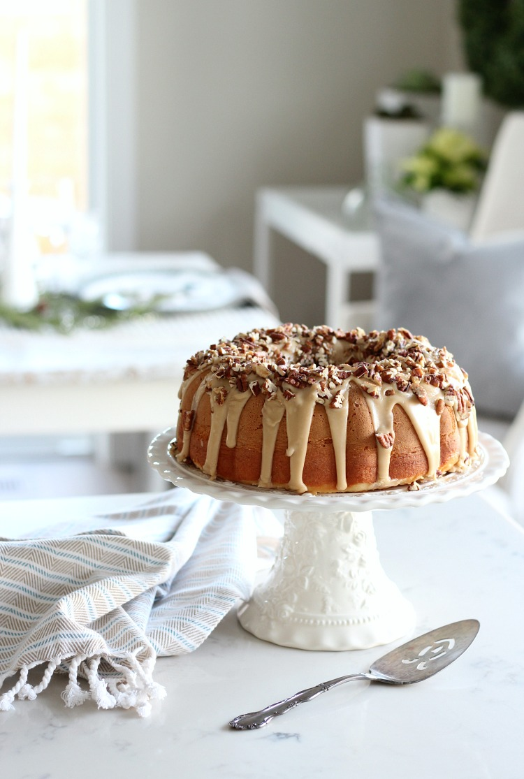 Christmas in the Kitchen - Caramel Pecan Bundt Cake Holiday Dessert - Satori Design for Living