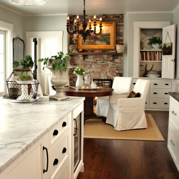 Benjamin Moore White Dove Kitchen Cabinets And Trim For The Love Of A House