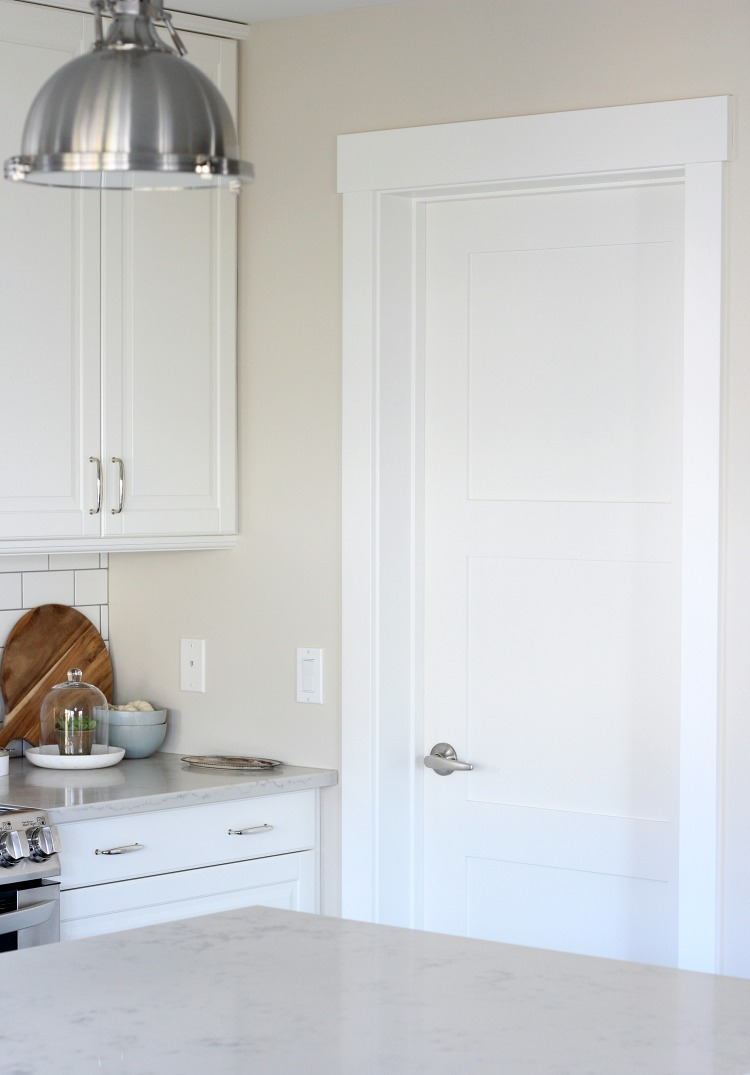 Benjamin Moore White Dove Trim Doors And Ceiling In The Kitchen Satori Design For