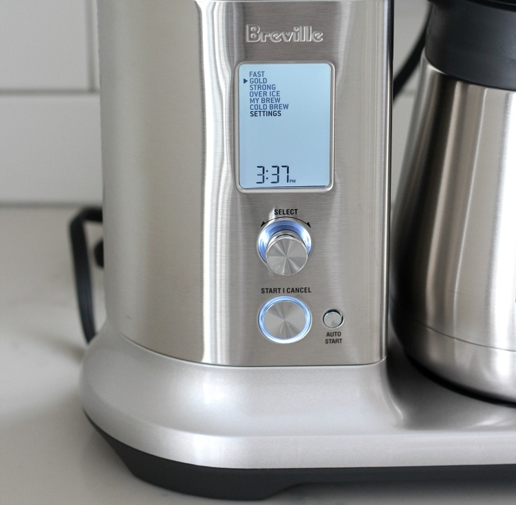 Craft your perfect cup of coffee with the Breville Precision Brewer™ Thermal coffee maker!