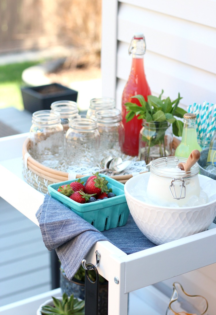 Set Up an Ice Cream Float Bar for Your Outdoor Party - A Fun Summer Entertaining Idea - Satori Design for Living