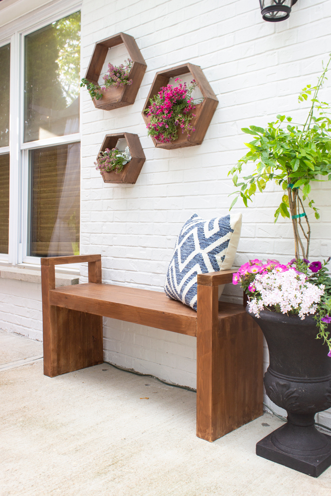 DIY Modern Outdoor Bench - Shades of Blue Interiors #OutdoorExtravaganza