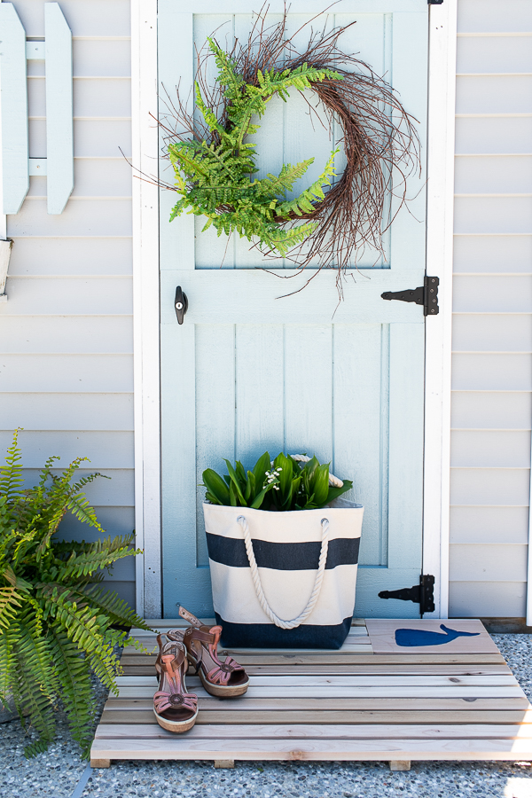DIY Coastal Cedar Doormat - Finding Silver Pennies #OutdoorExtravaganza