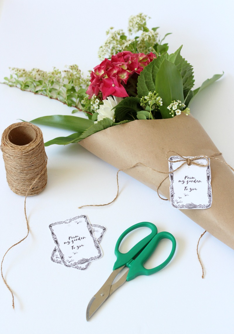 How to Create Flower Garden Bouquets with Printable Gift Tags - Satori Design for Living