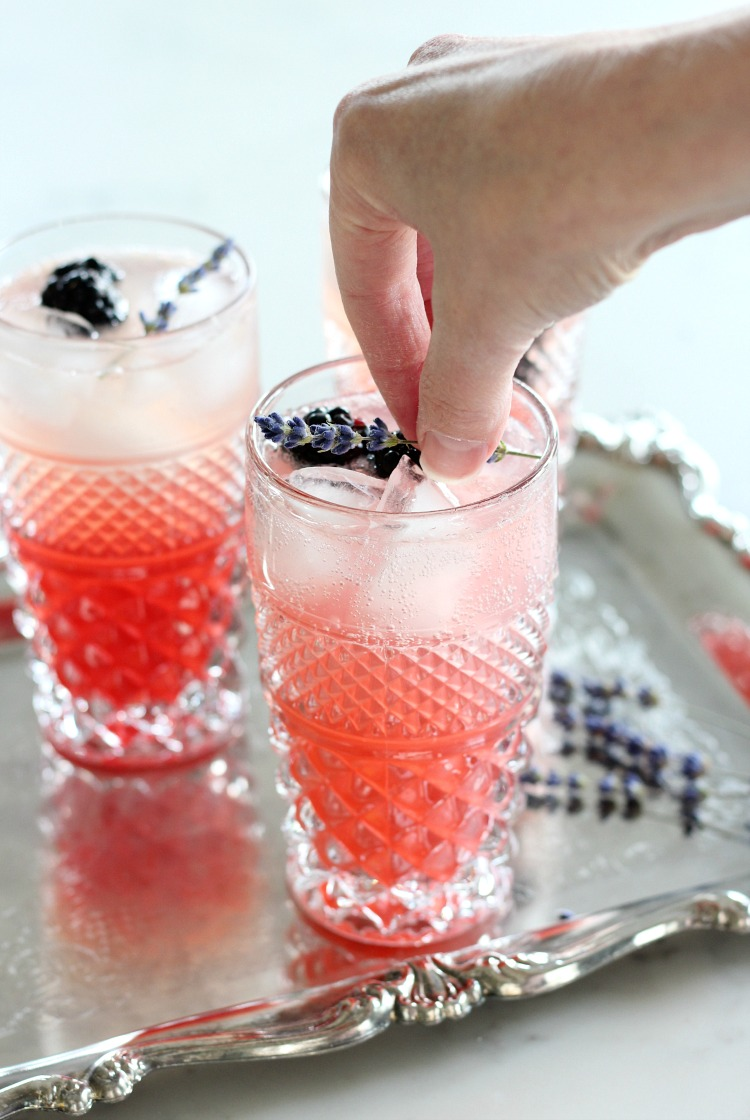 How to Make Lavender Blackberry Sparkling Lemonade - Dried Lavender Garnish - Satori Design for Living