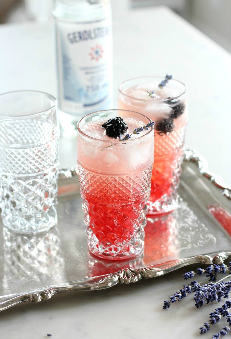 Lavender Blackberry Sparkling Lemonade - A beautiful, delicious and refreshing summer drink recipe!