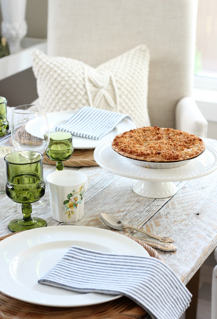 Eclectic Fall Tablescape with Green, Gold and White Decor - Apple Crumble Pie on the White Cake Stand