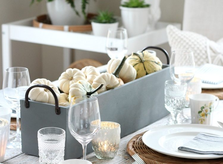 Looking for fall decorating ideas? Tour these gorgeoushomes ready for the autumn season, including simple touches I added to our kitchen and dining room.