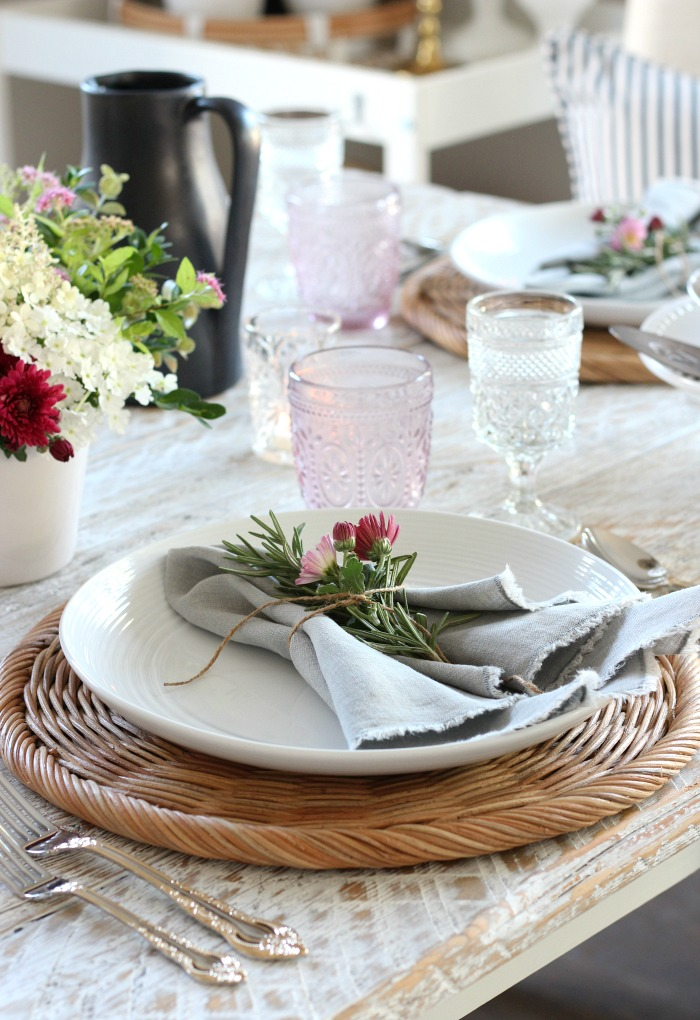 Foraged Fall Tablescape Decorated in Crimson and Pink