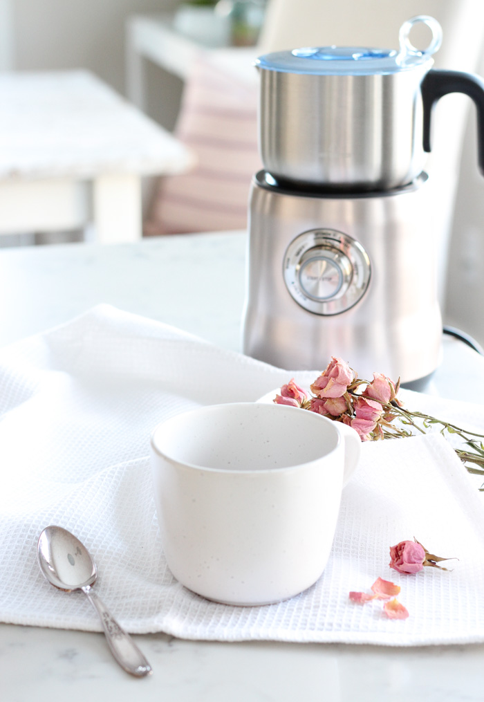 How to Make Strawberry Hot Chocolate Using the Milk Cafe by Breville